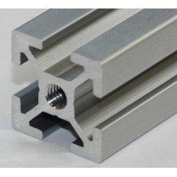 Pose d'un insert M12 sur profilé 45x45 système 10 mm