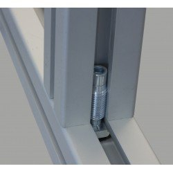 Automatic fastener for 8 mm 40x40 slotted profiles