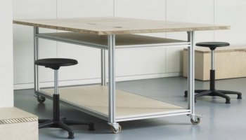 Design table - wood and aluminum profiles